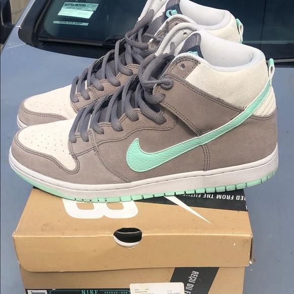 Nike Shoes   Nike Sb Soft Grey N Mint